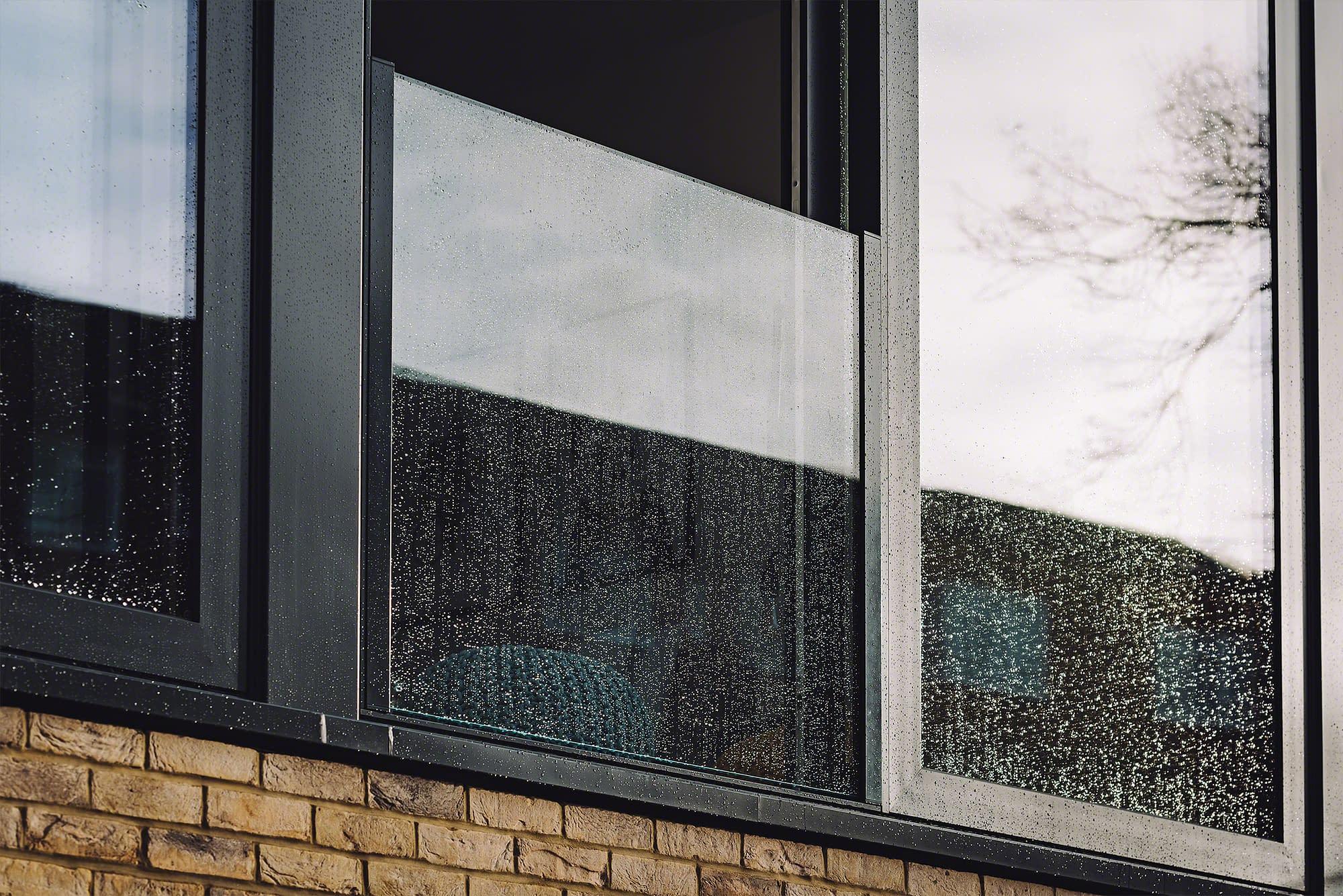 Frameless Easy Glass View Juliet Balcony on Modern Home